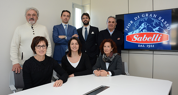 Mozzarella, the Italian third player is born