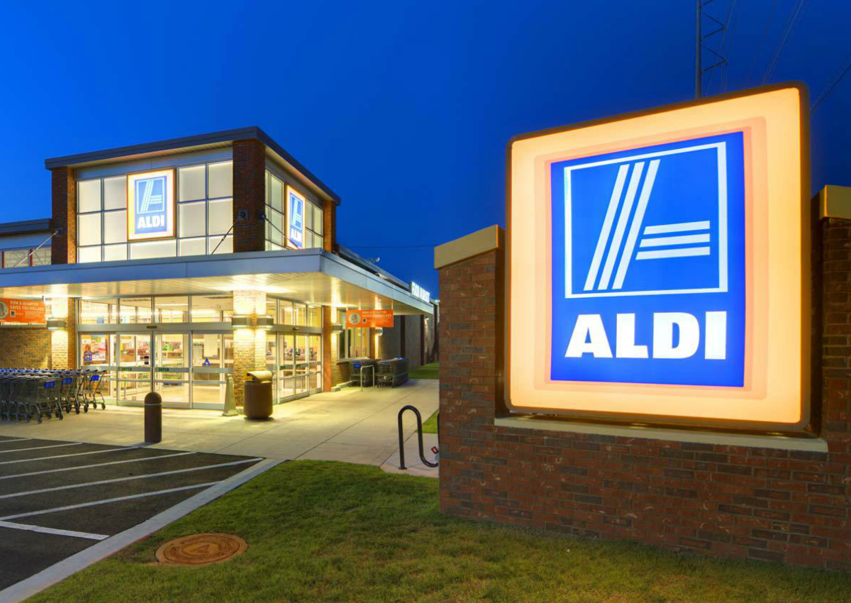 Aldi enters grocery delivery in partnership with Instacart