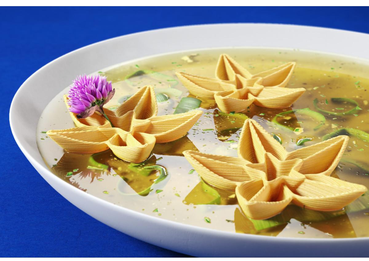 Top pasta maker explore 3D