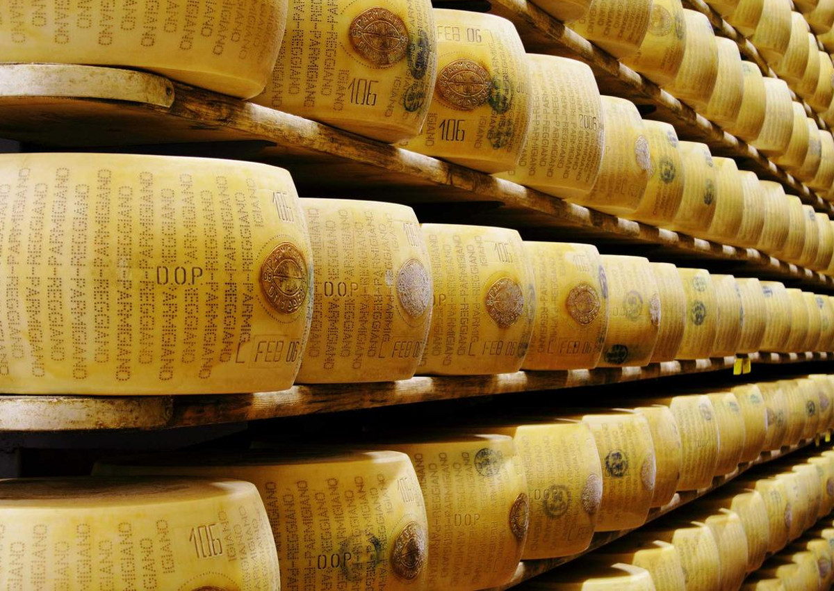 Parmigiano Reggiano, Exports Share Exceeds 40%