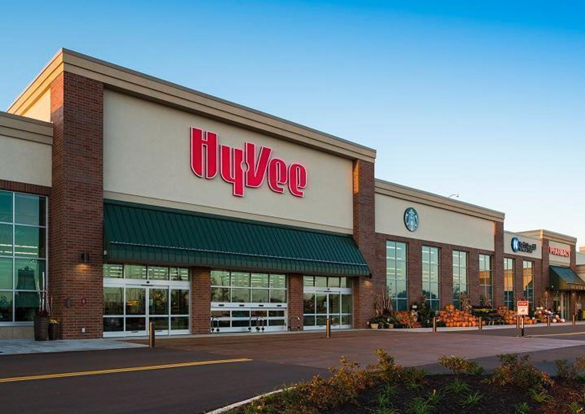 Hy-Vee Unveils New Concept Store