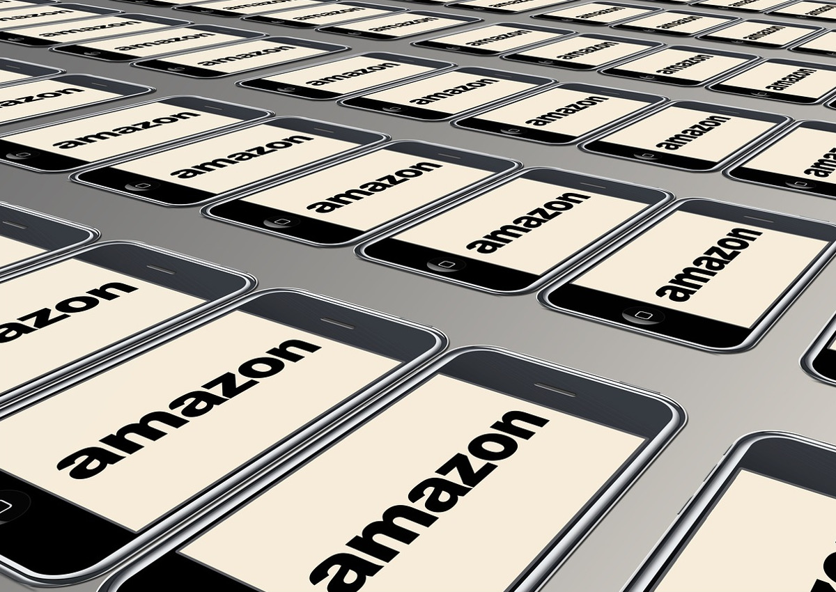 Amazon to Launch New Grocery Chain