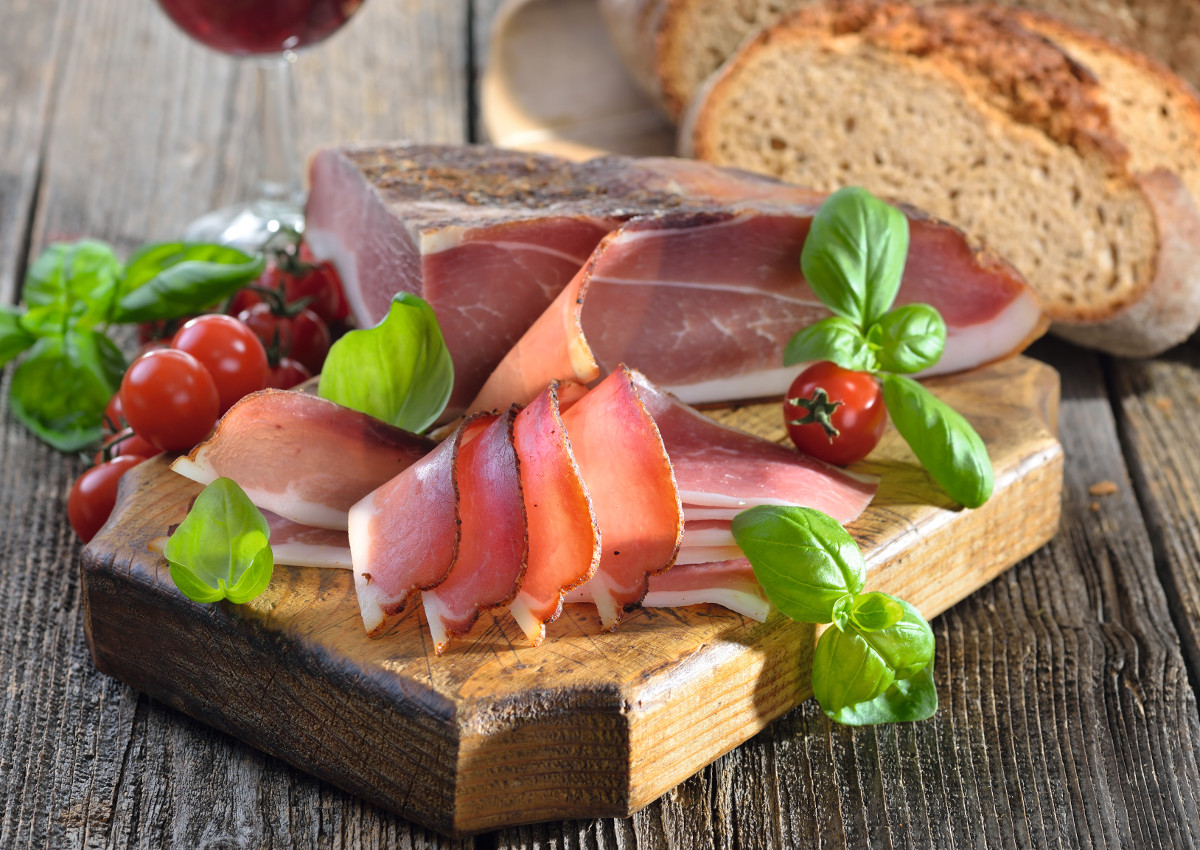 Speck and Bresaola: Plenty of Exports