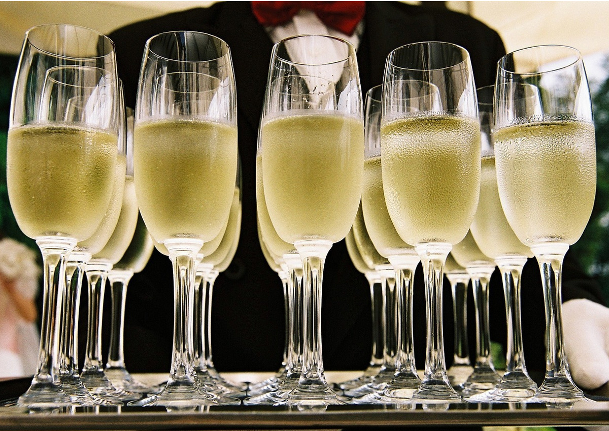 Sparkling Wines: Italy Tops the World's Podium