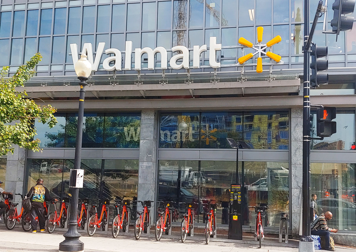 Local convenience takes the lead at Walmart Supercenter